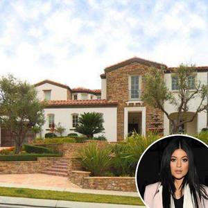 Kylie Jenner, Calabasas House