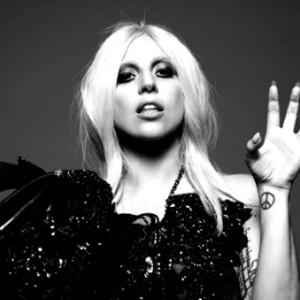 Kathy Bates' Reaction to Lady Gaga Joining American Horror ...