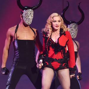 Madonna, Grammy Awards, Performance