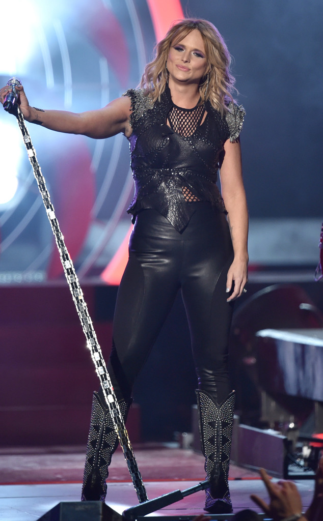 Miranda Lambert Looks Hotter Than Ever in Leather Pants During u0026#39;u0026#39;Little Red Wagonu0026#39;u0026#39; Grammys ...