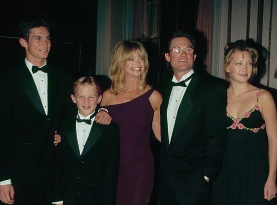 Oliver Hudson, Wyatt Russell, Goldie Hawn, Kate Hudson, Kurt Russell