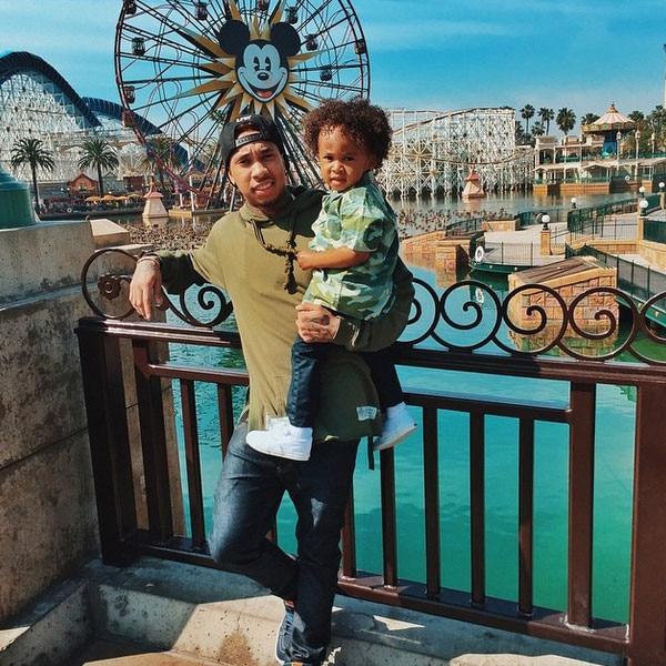 Tyga, Disneyland, Instagram