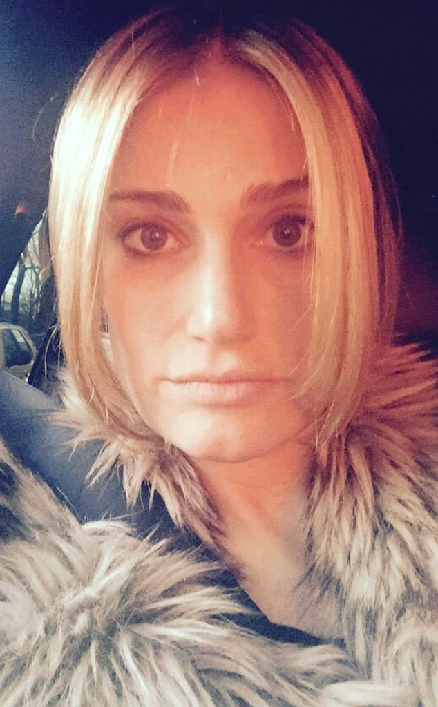 Idina Menzel Just Dyed Her Hair Blond And, Finally, Elsa