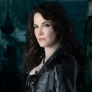 Salem, Lucy Lawless