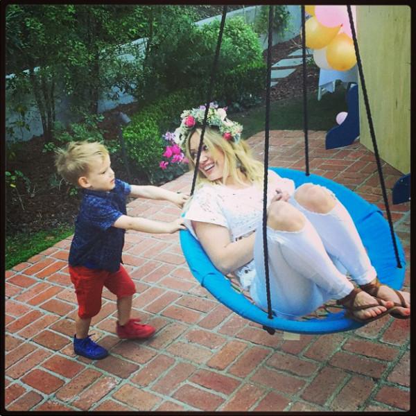 Hilary Duff, Luca, Instagram