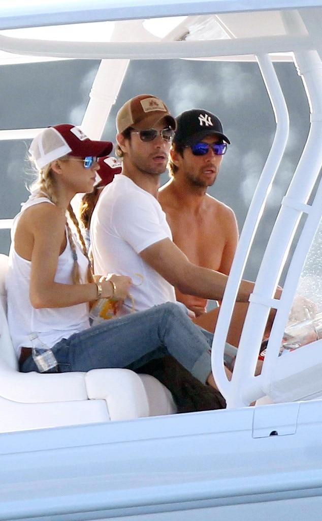 Anna Kournikova and Enrique Iglesias twins watch the