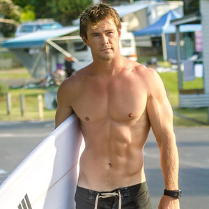 Chris Hemsworth, Shirtless