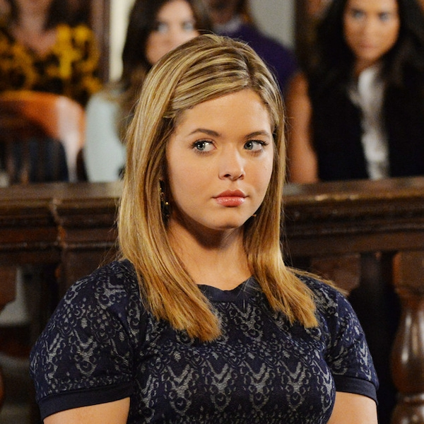 Who was allison dating in pretty little liars