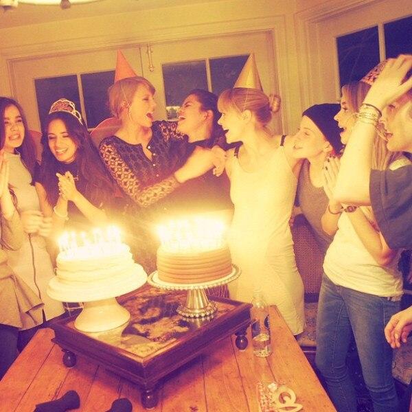 Taylor Swift, Selena Gomez, Instagram