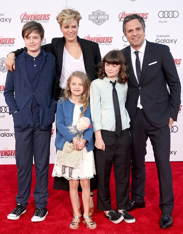 Mark Ruffalo Makes Avengers Age Of Ultron Premiere A Family Affair See His Kids Red Carpet