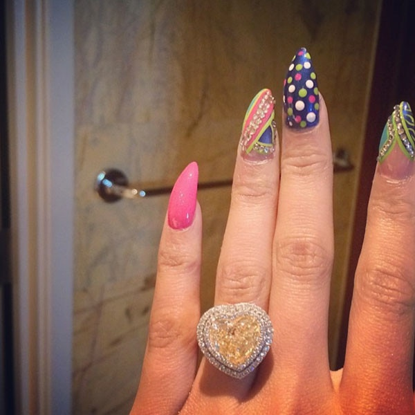 Nicki Minaj, Engagement Ring
