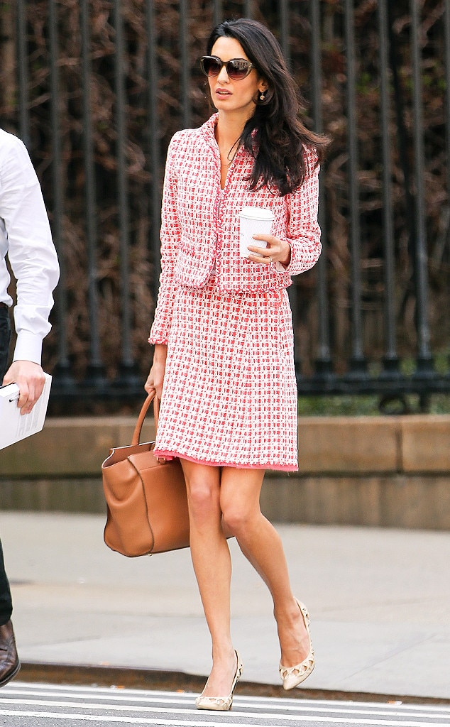 Take Note Amal Clooney Steps Out In A Chic Tweed Suit Near Columbia University E News