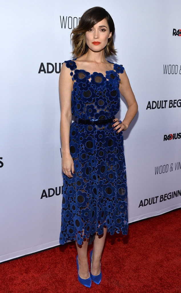 rose byrne not amused when asked if women are funny 39 39 they certainly didn 39 t ask the guys from. Black Bedroom Furniture Sets. Home Design Ideas