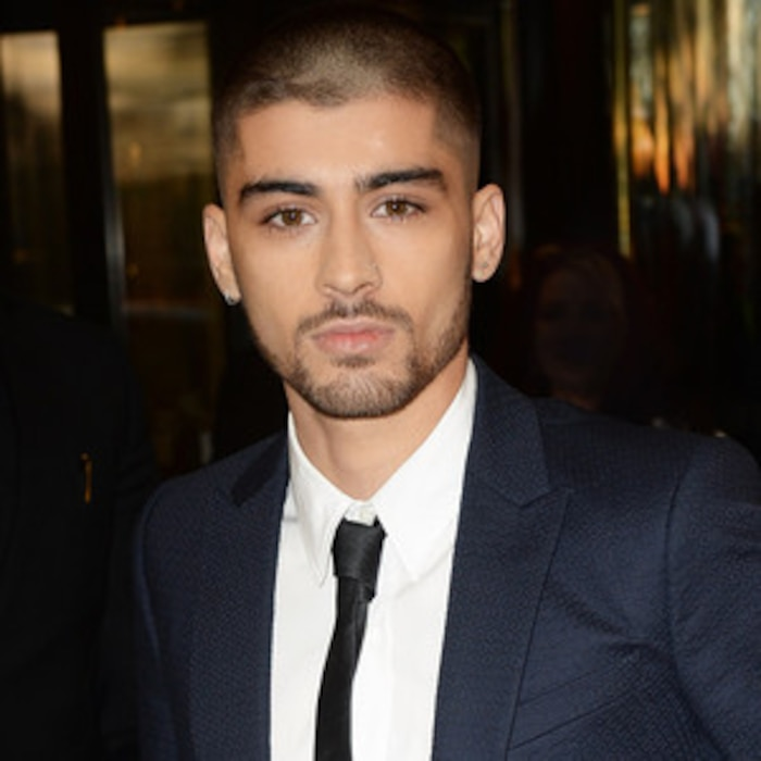 Zayn Malik Erases All Signs Of One Direction From His Twitter Page - Zayn malik hairstyle in kiss you