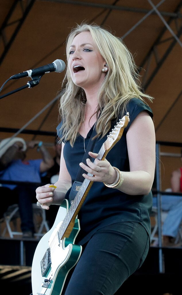Clare Dunn, Stagecoach Artist
