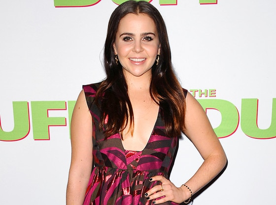 Mae Whitman Was Replaced In Independence Day 2 And That's Really Gross, Hollywood