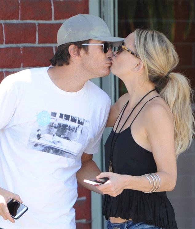 Kate Hudson and Her Brother Oliver Hudson Share a Sweet ... Oliver Hudson And Kate Hudson