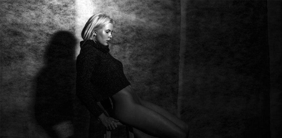 Ireland Baldwin, Nude Photoshoot