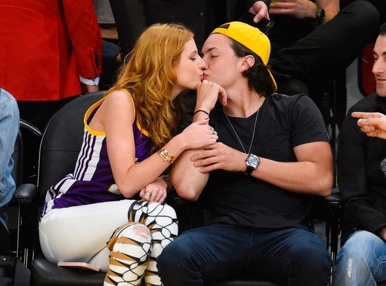 Bella Thorne, Ryan Nassif
