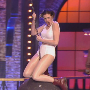 Anne Hathaway, Lip Sync Battle