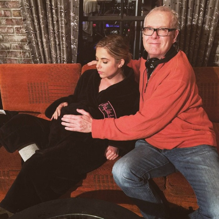 Ashley Benson S Baby Bump Picture Causes A Fan Frenzy On