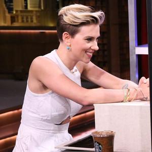 Scarlett Johansson, Jimmy Fallon, Tonight Show