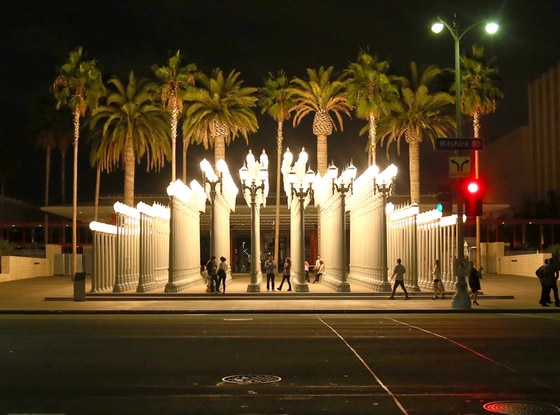 Artist Chris Burden Dies at 69 Created Urban Light