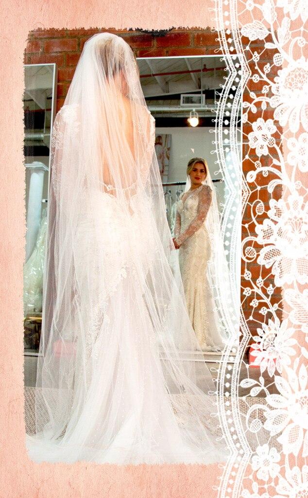 Carissa Loethen E Entertainment Renting My Wedding Dressgreat