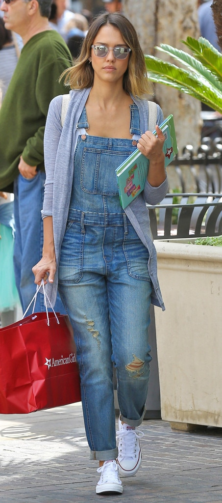 Overalls Overhaul From Jessica Alba 39 S Street Style E News
