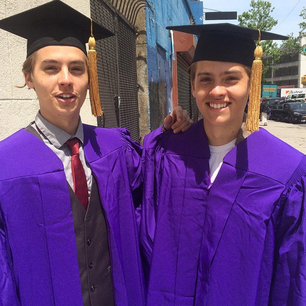 Dylan and Cole Sprouse Graduate NYU With Honors—See the Pics! | E ...