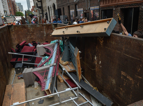 Late Show with David Letterman Set, Dumpster