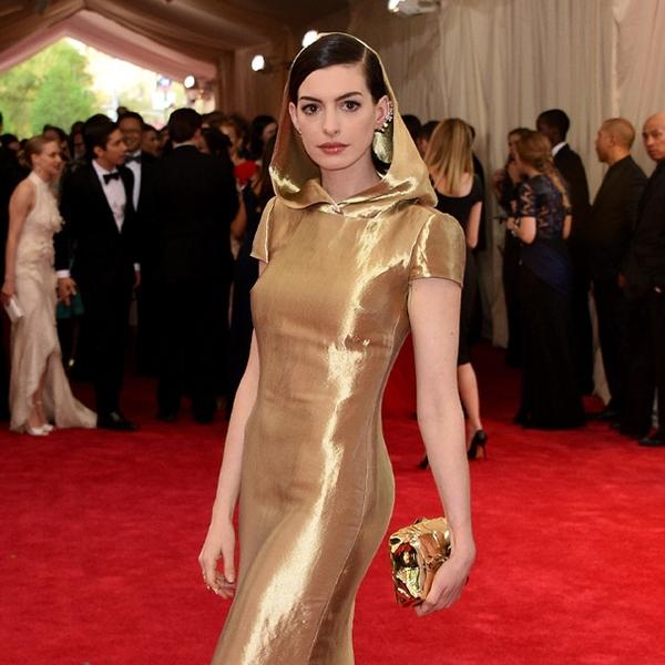 Anne Hathaway From 2015 Met Gala: Worst Dressed Stars