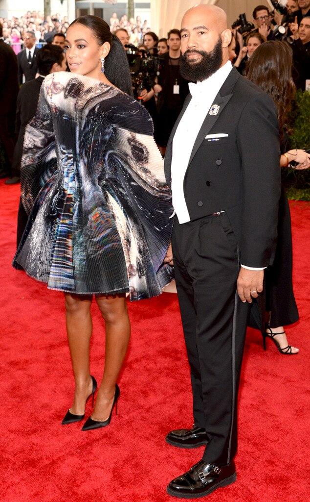 Solange Knowles Met Gala Fan Dress Is More Art Than Dress