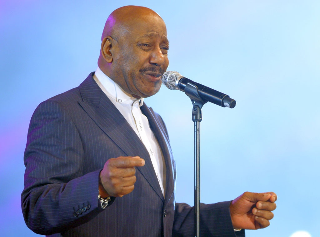 Errol Brown Dies: You Sexy Thing Singer and Hot Chocolate Frontman Was 71 | E! News
