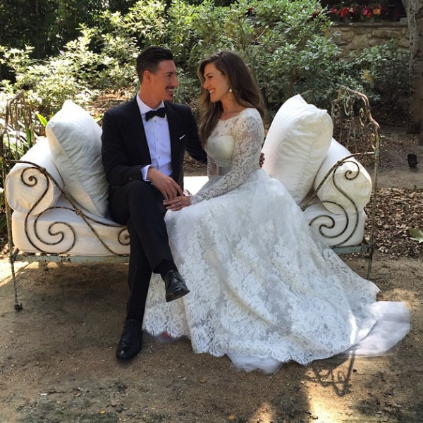 Eric Balfour Marries Erin Chiamulion In Stunning Rustic