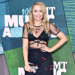 Brandi Cyrus, CMT Awards
