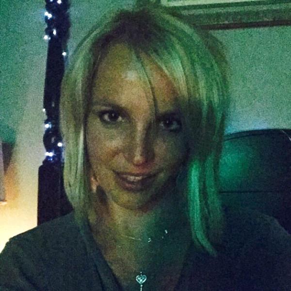 Britney Spears Flaunts...