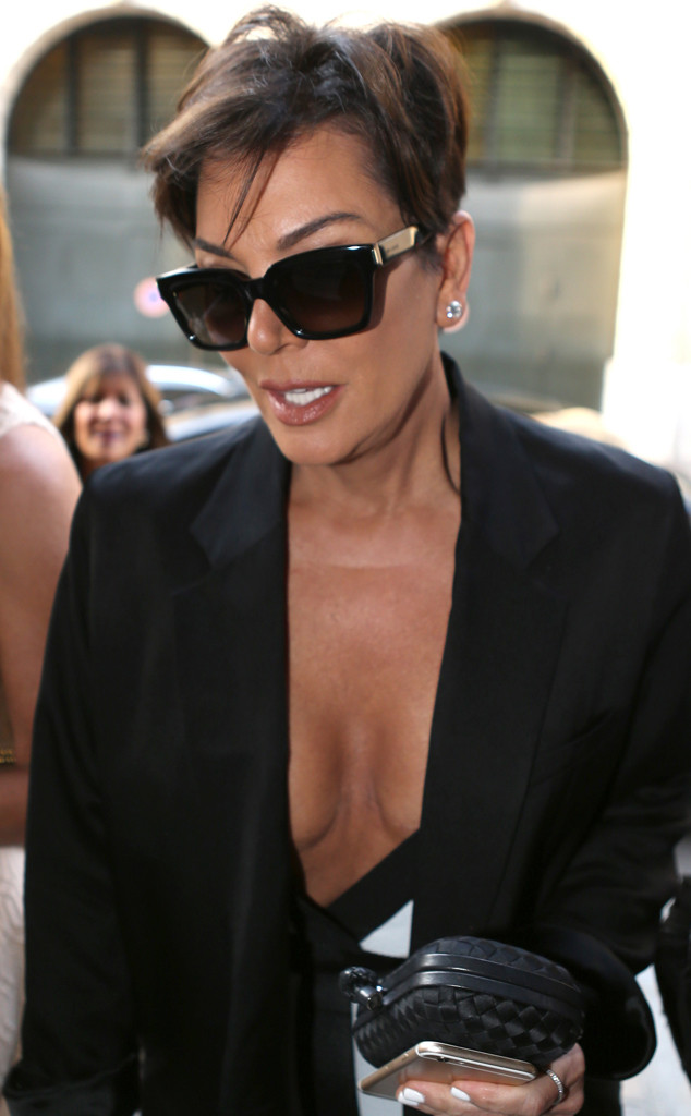 kris jenner boobs nude