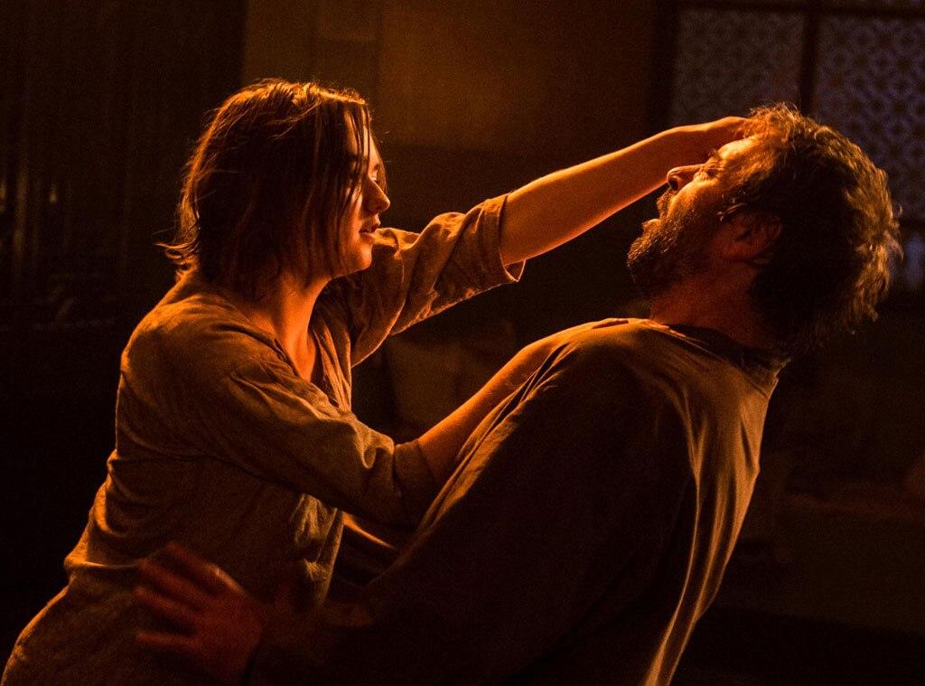 Arya Stark Maisie Willaims And Ser Meryn Trant Ian