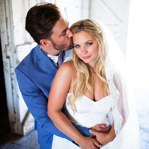 <i>Pretty Little Liars</i> Star Vanessa Ray Marries Landon Beard: Details on Their &quot;Intimate and Relaxed&quot; Wedding