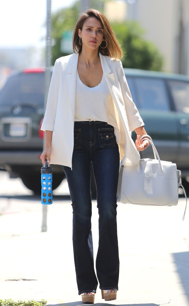 She Means Business From Jessica Alba 39 S Street Style E News