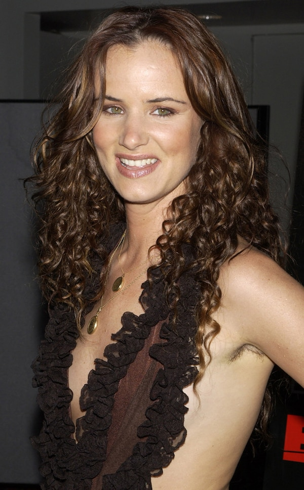 Juliette Lewis from Stars With Armpit Hair | E! News