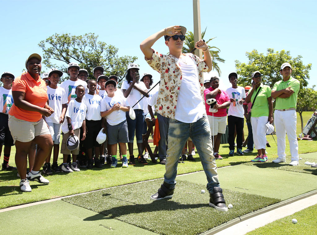 Austin Mahone, Golf Clinic, Celebs Golfing