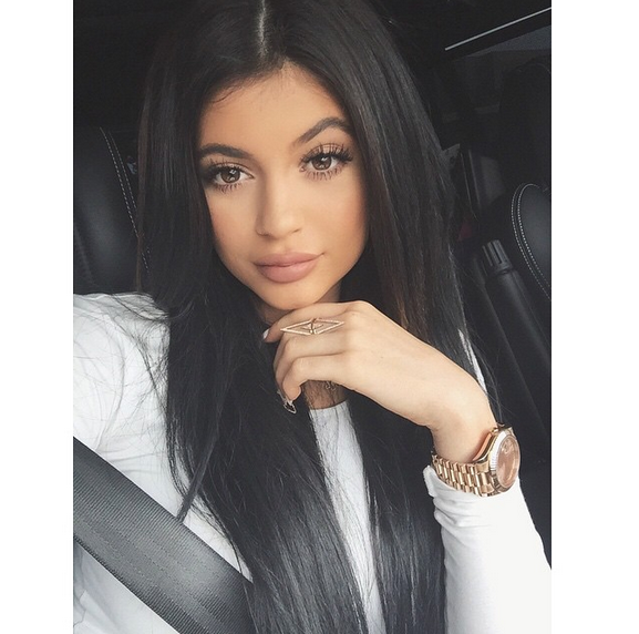 """""""Finger Candy,"""" Neon Heels, Teased Hair and More—See the Latest Kardashian Trends!"""