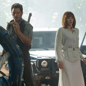 Jurassic World, Bryce Dallas Howard, Chris Pratt