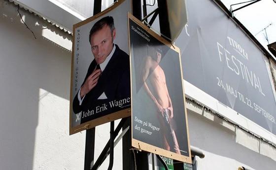 OMG, hes naked: Danish Prime Minister candidate John Erik
