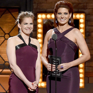 Debra Messing, Anna Chlumsky, 2015 Tony Awards