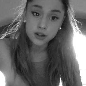 Ariana Grande, Doughnut Apology