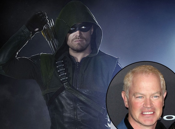 Stephen Amell, Arrow, Neal McDonough