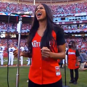 Ciara Sang the National Anthem for 2015 MLB All Star Game and Hit It qEAeJ0is